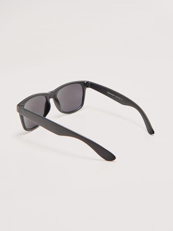 ... Napszemüveg - szürke - VI626-90X - House - 1 881e22a632