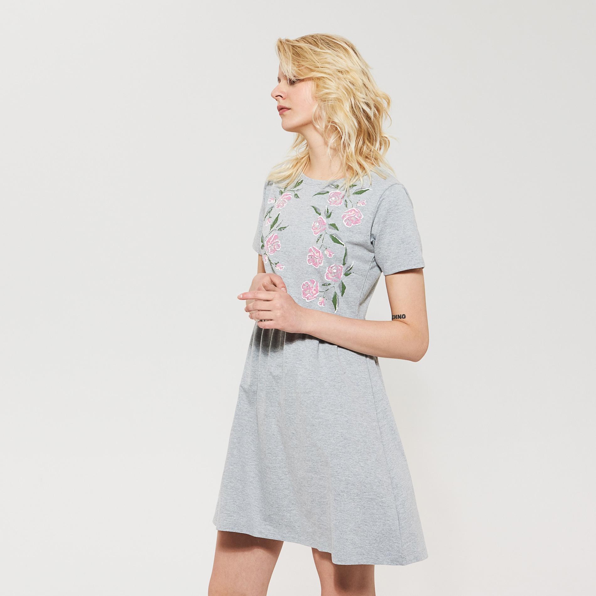 54d3a14a69 House - Dresowa sukienka z kwiatową aplikacją - Szary Sukienki ...