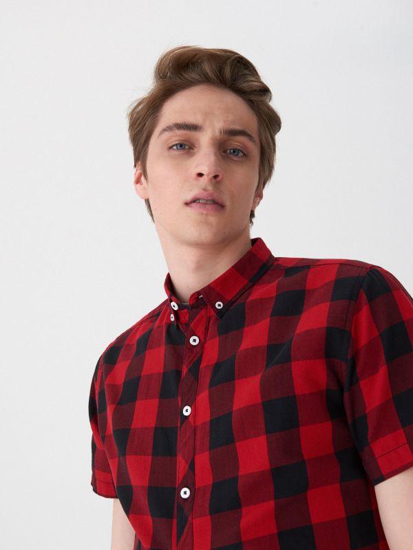 ef19647975a5 MEN`S SHIRT · Kockovaná košeľa - červená - VN909-33X - HOUSE