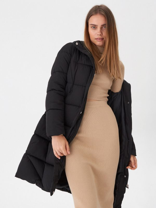 2eadb999167bff Ramoneska · Pikowany płaszcz z kapturem - czarny - VT136-99X - HOUSE