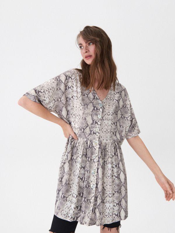 784c534a10 Sukienka wiązana w talii · Sukienka w wężowy wzór - beżowy - WI130-80X -  HOUSE