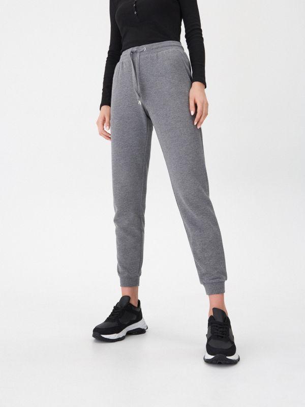 27dca54728 Divatos női nadrágok - ideálisak tavaszra és nyárra | House online